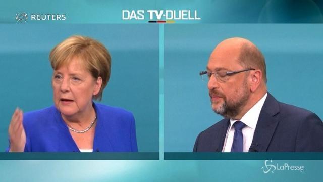 Elezioni federali Germania, alla Merkel il dibattito tv con Schulz