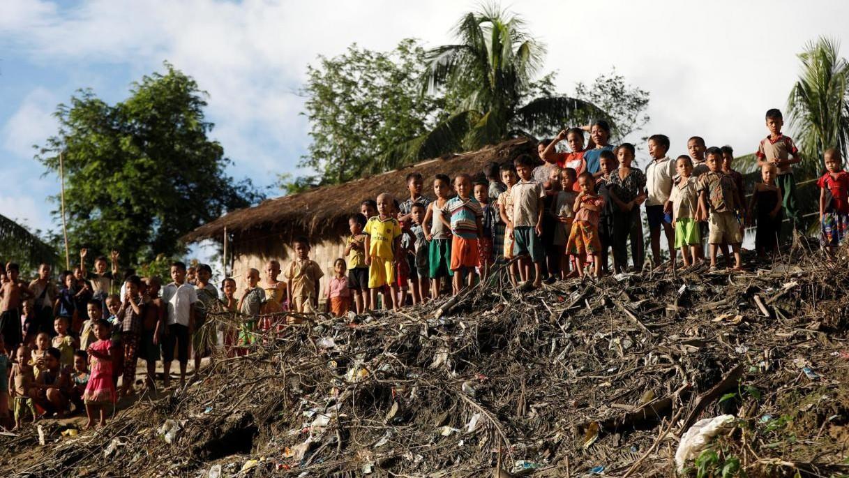"""Birmania, """"no"""" del governo alla missione Onu sui Rohingya"""