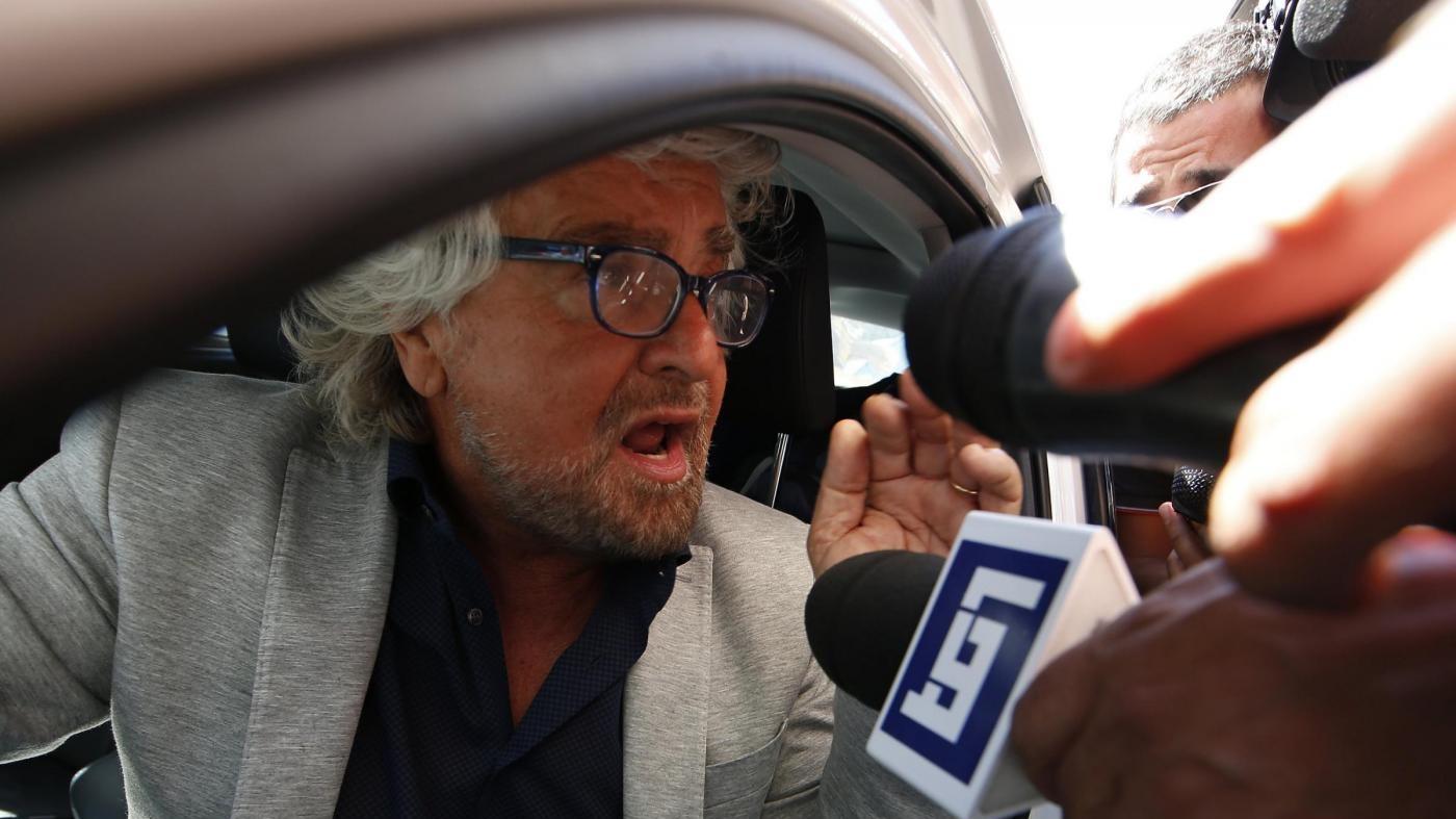 """Grillo: """"Le nostre primarie vere. Tutte le altre sono solo fiction"""""""