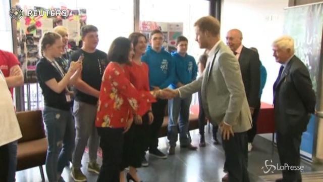 Irlanda del Nord, la visita del principe Harry