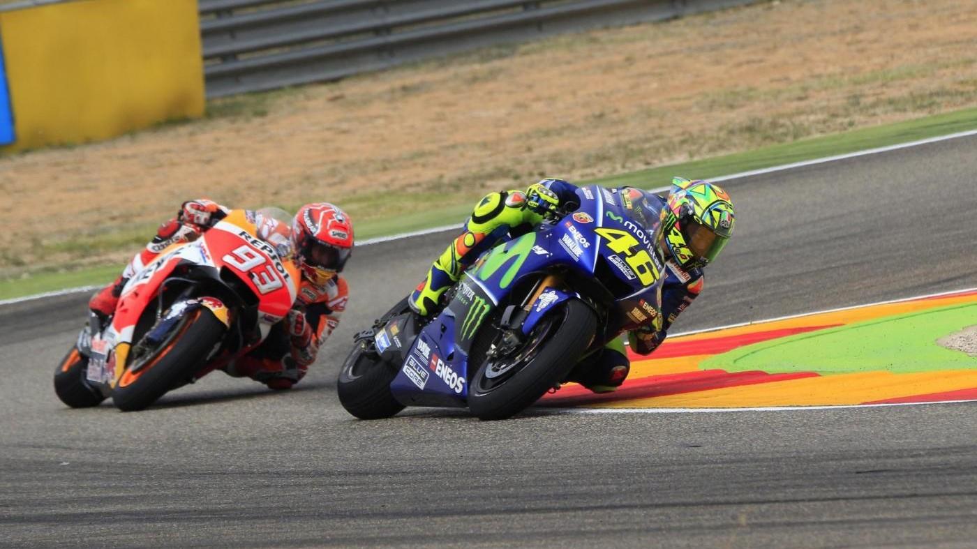 MotoGp, ad Aragon pole di Vinales davanti a Lorenzo. Impresa Rossi, è terzo