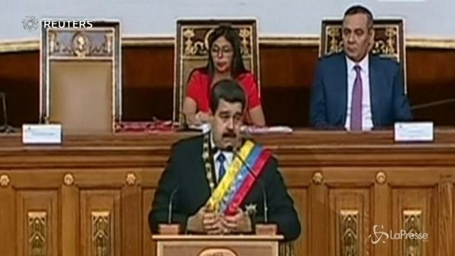 Venezuela, aumentano del 40% i salari minimi