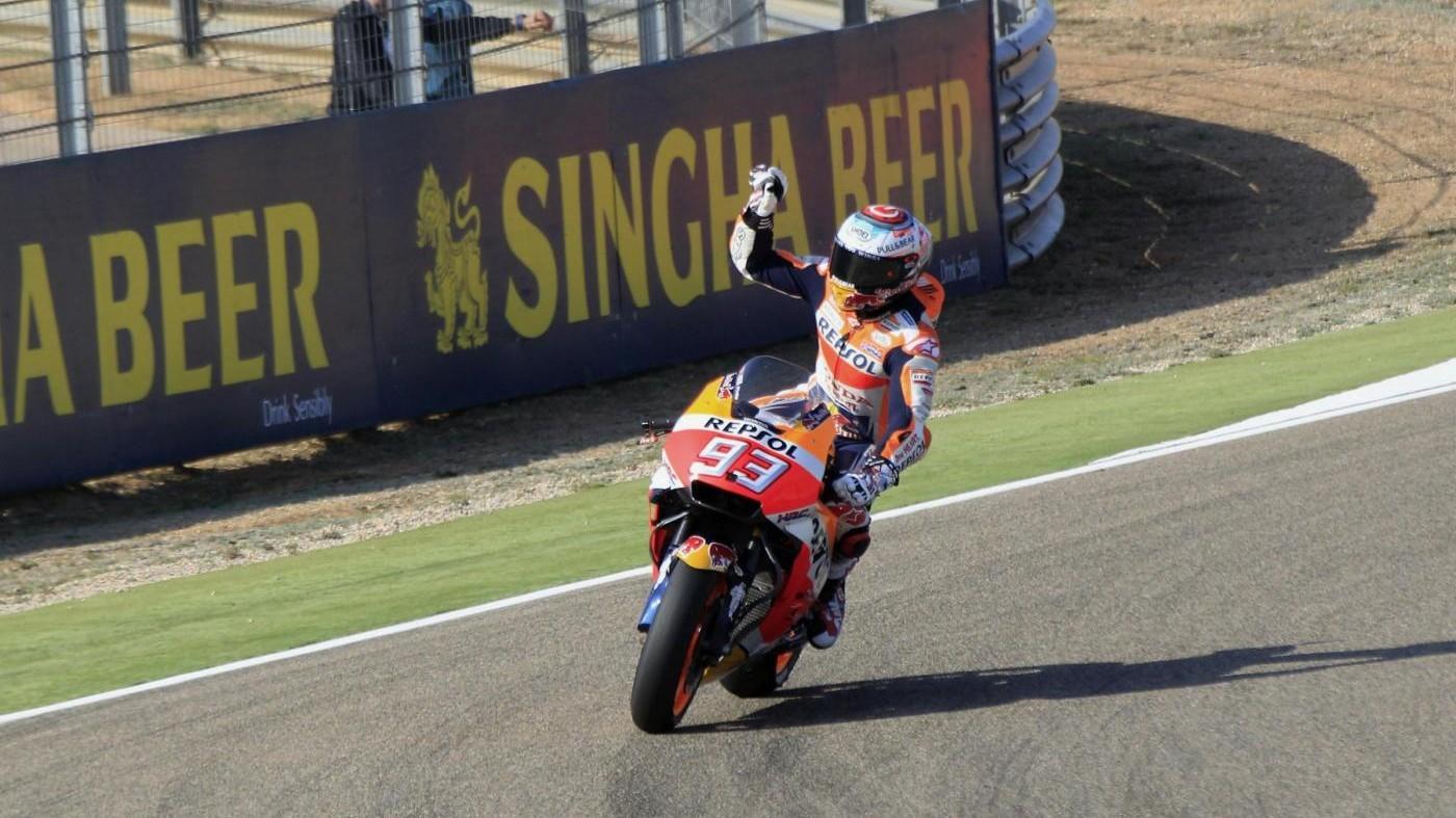 MotoGp, Marquez trionfa ad Aragon: bene Rossi quinto