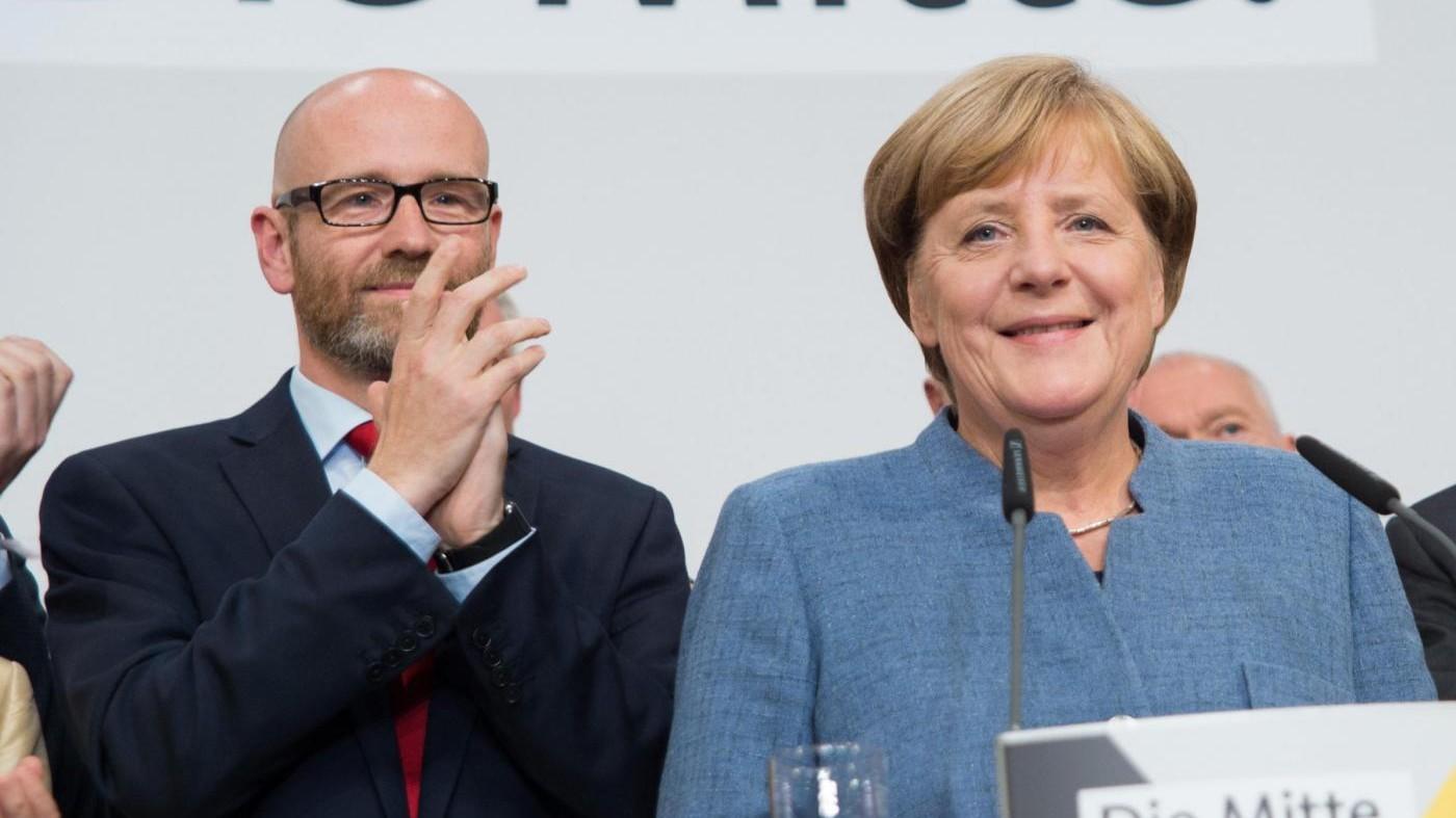"""Germania, Merkel: """"Serve governo stabile e duraturo, avviati colloqui"""""""