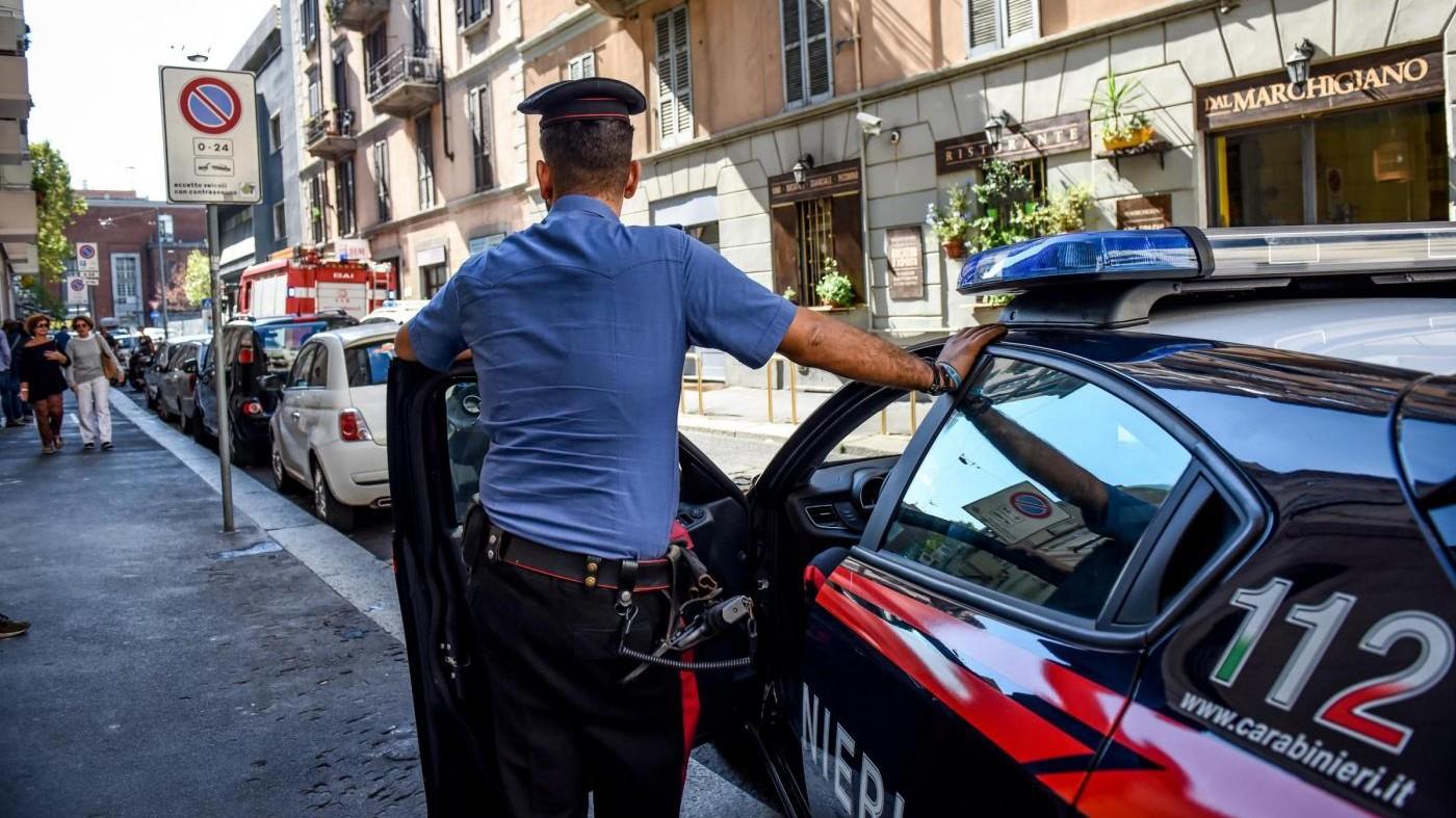 Arezzo, uccide il marito col mattarello e poi tenta il suicidio