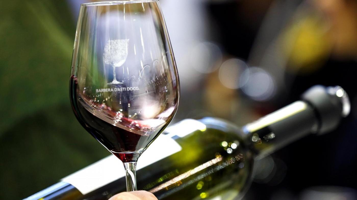 Effetto Trump colpisce made in Italy: cala export vino e olio