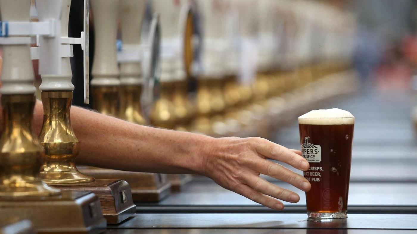 Pagato per bere birra: l'annuncio di lavoro è da sogno