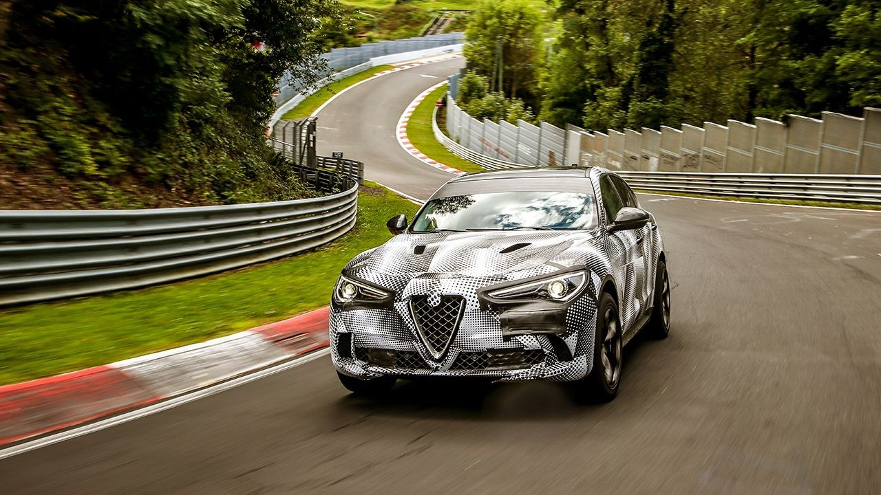 Fca: Alfa Romeo, Stelvio Quadrifoglio è il suv più veloce del mondo