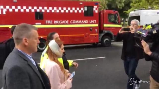 VIDEO Esplosione in metro a Londra: una ragazza ferita soccorsa