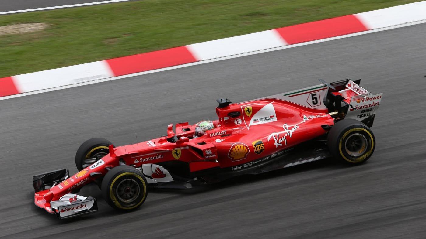 Ferrari volano in 1/e libere Malesia. Red Bull c'è, Mercedes dietro