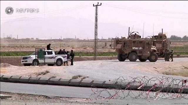 Afghanistan: esplode autobomba a Kandahar