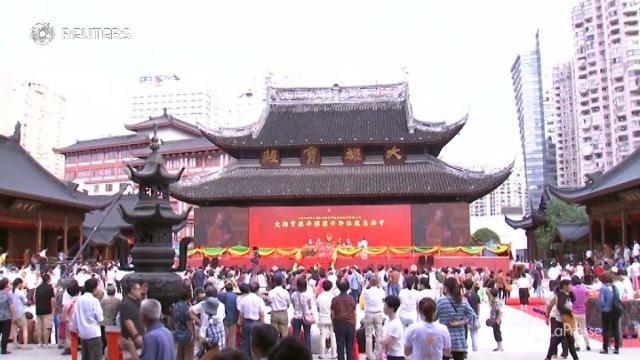 Shanghai: tempio buddista spostato di oltre 30 metri