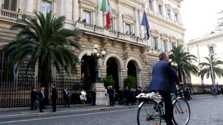 """Def, Bankitalia: """"Imperativo ridurre debito, senza soffocare crescita"""""""