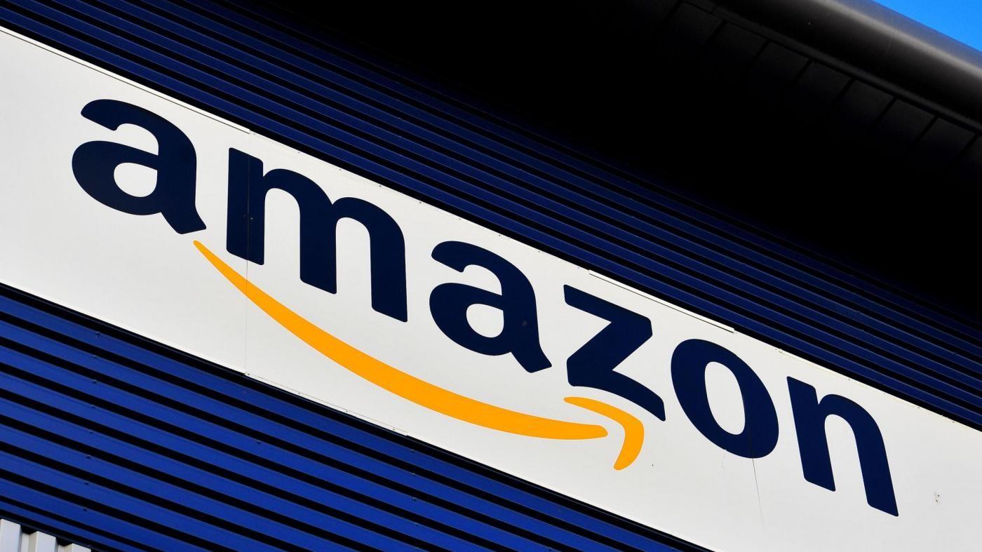 """Commissione Ue: """"Amazon, vantaggi fiscali per 250 mln da Lussemburgo"""""""