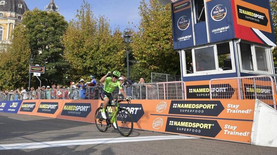 Milano-Torino, alla Superga vince Rigoberto Uran, terzo Aru