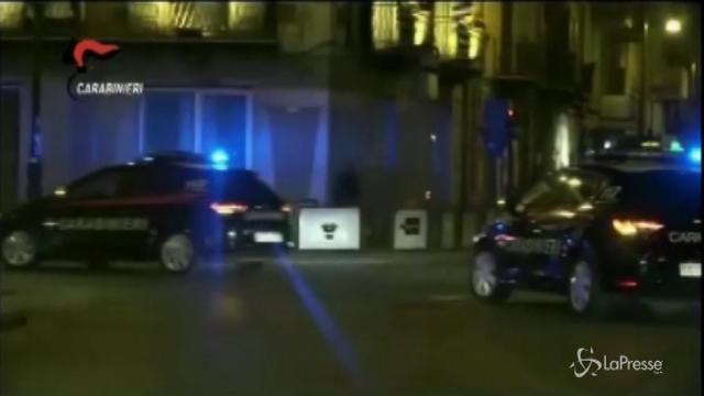 VIDEO Arezzo, uccide il marito con un mattarello