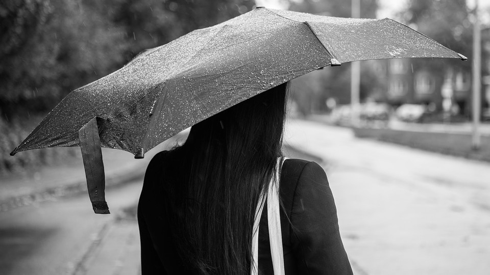 Al Sud si aprono gli ombrelli: il meteo del 10-11 ottobre