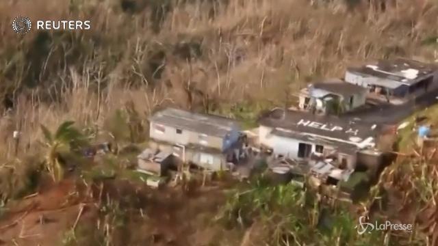"""Scrivono """"Help"""" sul tetto, salvati dopo passaggio uragano Maria"""