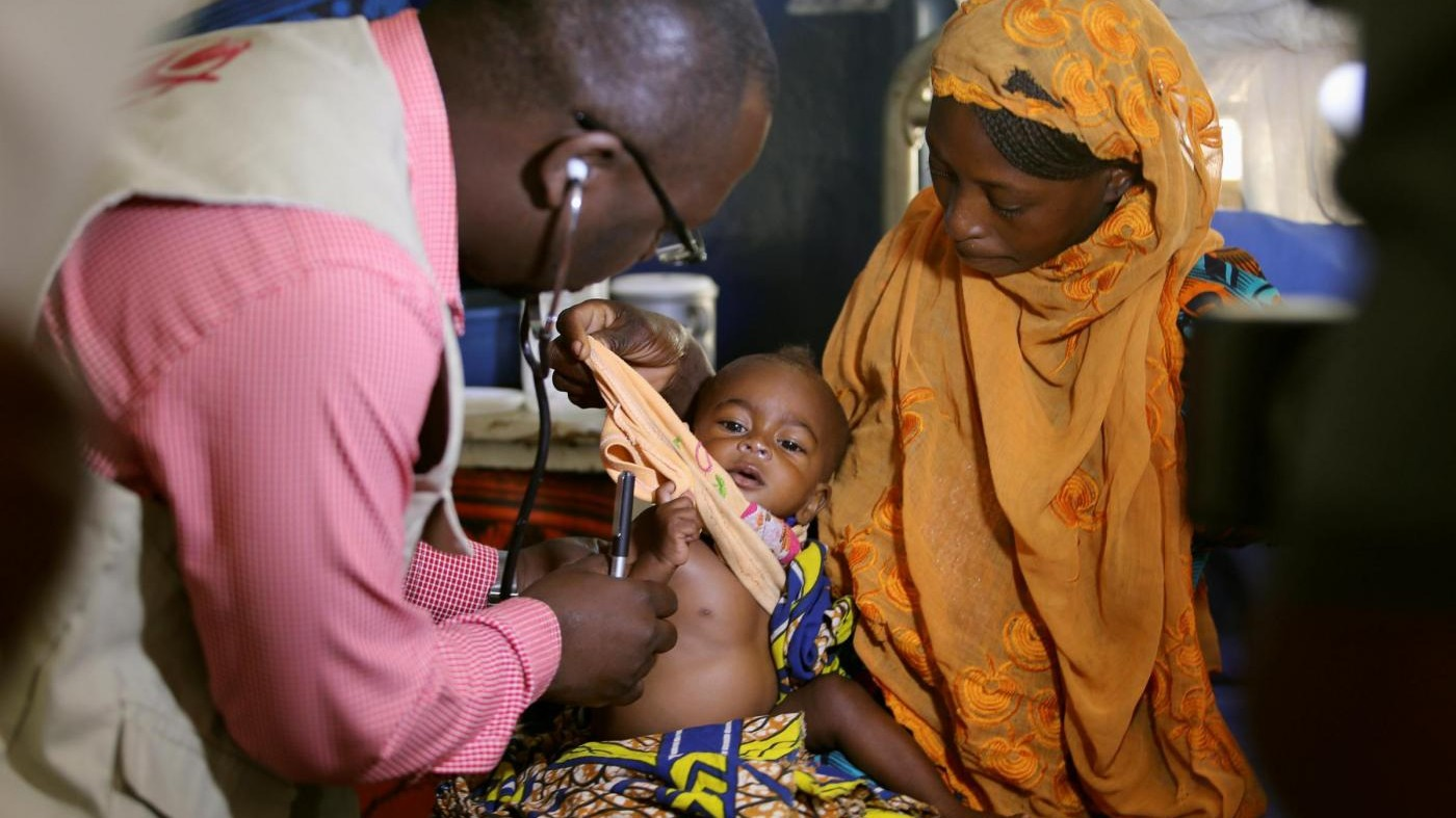 Allarme Save The Children: Fame uccide 3 milioni di bimbi all'anno