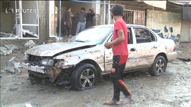 Kabul: attacco kamikaze a moschea sciita