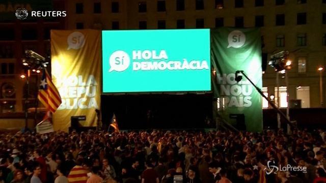 VIDEO Catalogna, sì all'indipendenza