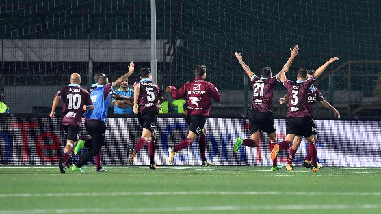 Serie B, derby campano alla Salernitana: Avellino ko 3-2 in casa