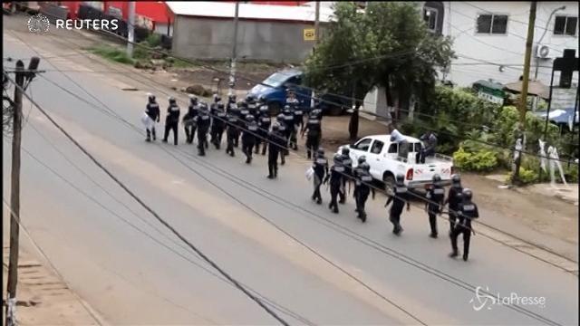 Camerun, esercito nelle strade per bloccare proteste secessioniste