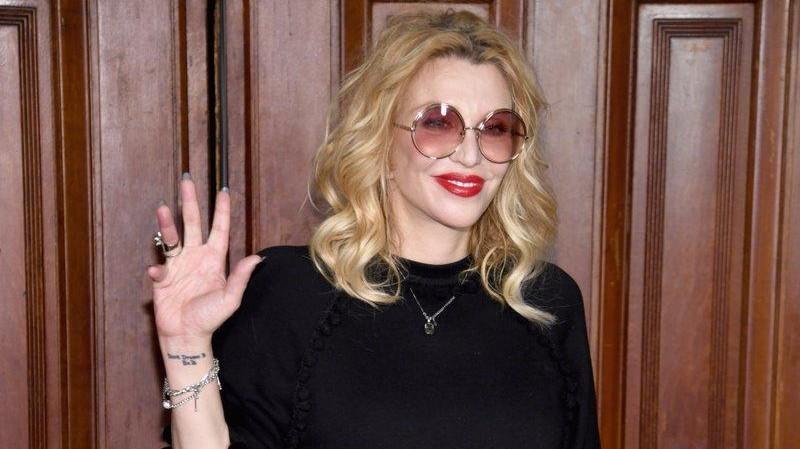 """Courtney Love nel 2005 avvertì le attrici: """"Se Weinstein vi invita a feste private, non andate"""""""