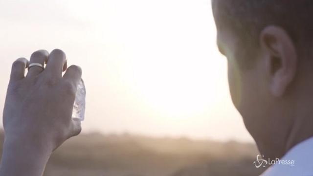 La regina delle collane nasce da un diamante grezzo di 404,20 carati