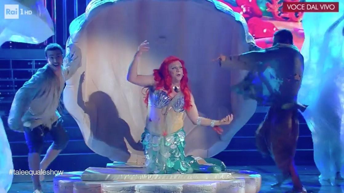 Tale e Quale Show, Gabriele Cirilli diventa la sirenetta Ariel