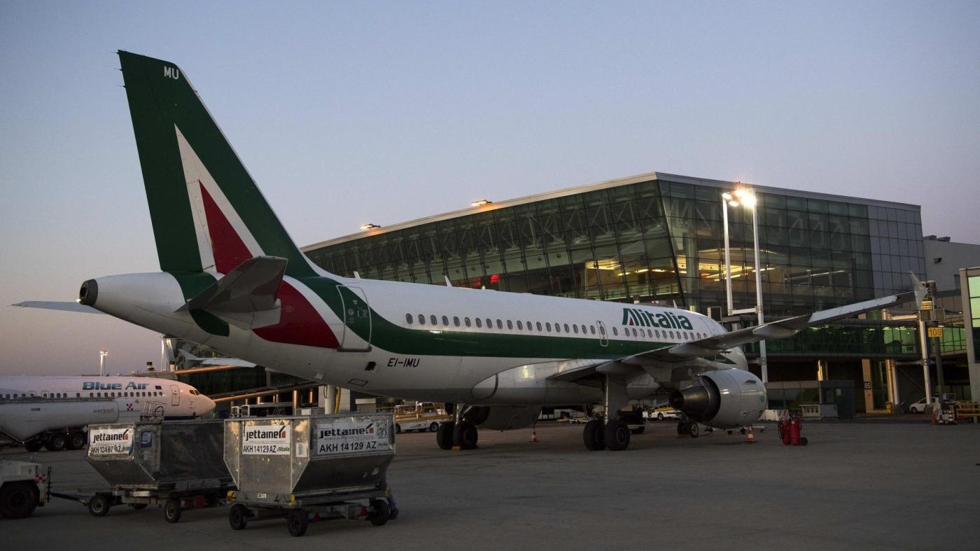 Alitalia, arrivate 7 offerte: Lufthansa e Easyjet si fanno avanti