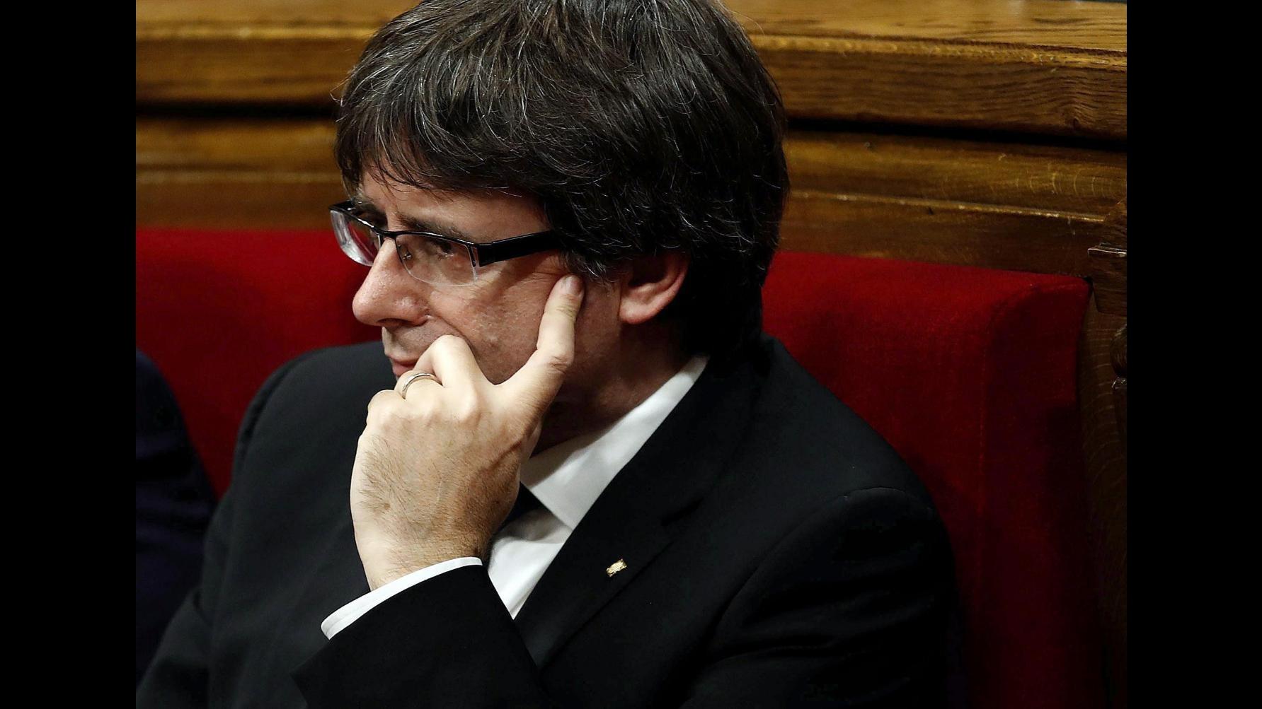 Catalogna, carcere ai leader indipendentisti Sanchez e Cuixart
