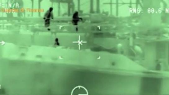 Gasolio rubato in Libia e rivenduto in Italia ed Europa: sei arresti a Catania VIDEO