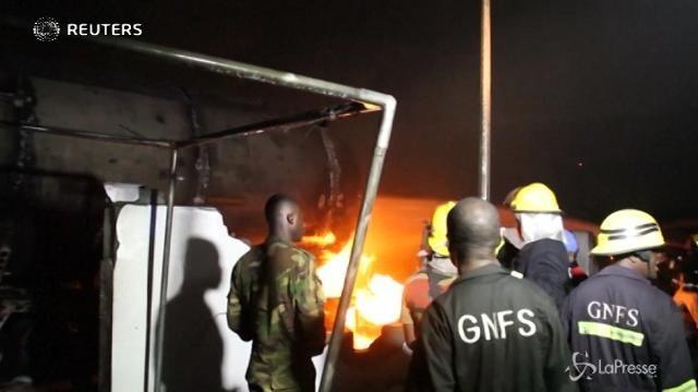 Ghana, esplosione in una stazione di gas: morti e feriti