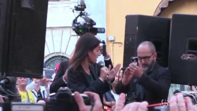 Legge elettorale, Virginia Raggi al sit-in del M5S davanti a Montecitorio