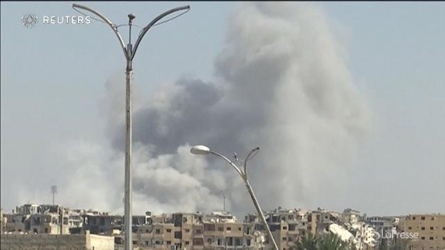 """VIDEO I curdi contro l'Isis: """"Raqqa sarà libera entro domani"""""""