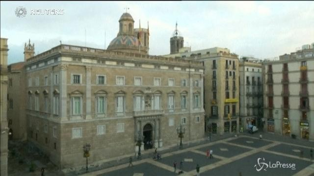 """Catalogna, Puigdemont: """"Due mesi di dialogo"""""""