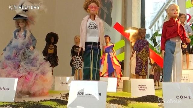 Barbie, modella speciale per i fashion designer francesi