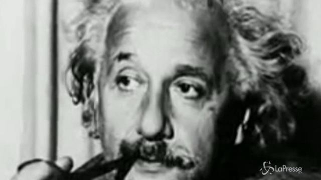 Due note scritte nel 1922 da Einstein vendute per 1,5 milioni di euro