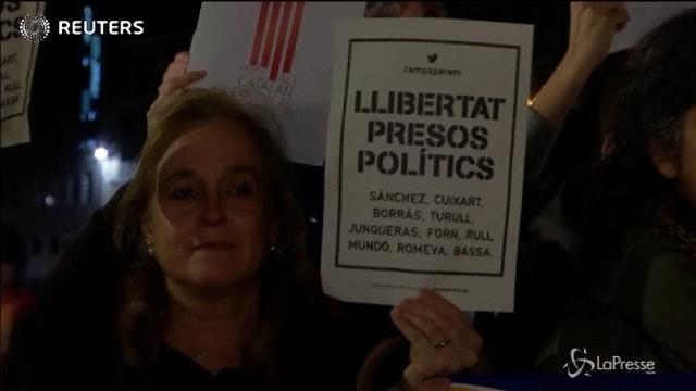 Protesta a Bruxelles per denunciare l'arresto dei leader catalani