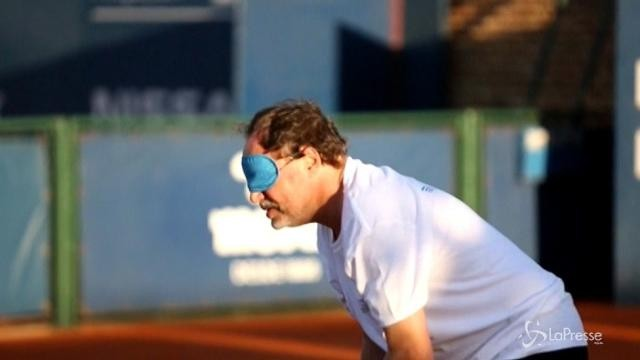 L'Uruguay promuove il tennis per non vedenti