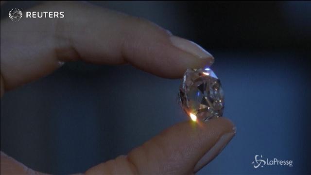All'asta il diamante dei record: 28 milioni per 163 carati