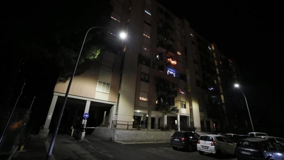Tragedia alle porte di roma bimbo cade dalla finestra e muore - Bimbo gettato dalla finestra ...