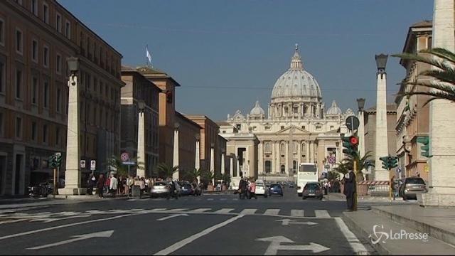 """Vaticano: """"Accertati rapporti gay al collegio chierichetti"""""""