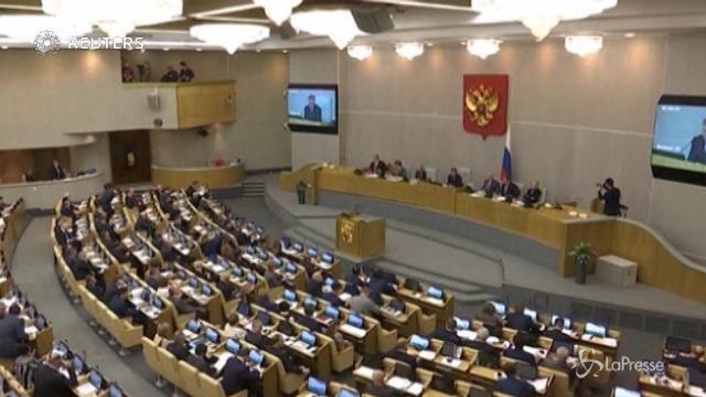 Putin vara una legge contro i media