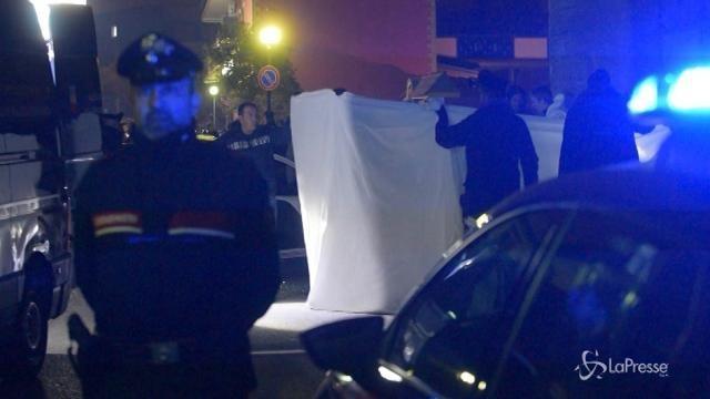 Agguato nel Napoletano: muore una donna, grave il figlio