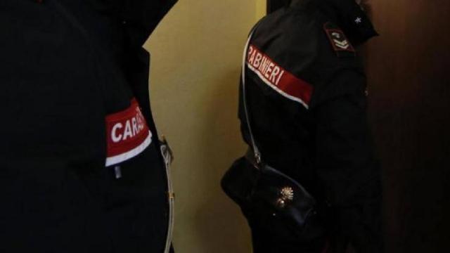 Bandiera del II Reich in caserma: carabiniere si difende