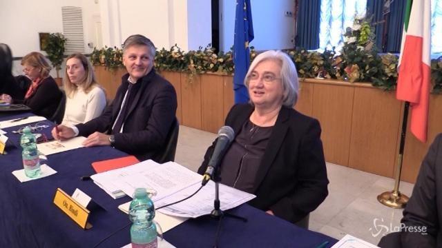 """Rosy Bindi scherza con i giornalisti romani: """"Siete contenti quando le missioni sono a Ostia…"""""""
