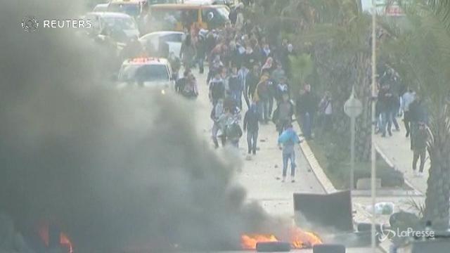 Cisgiordania, sale la tensione: scontri e feriti