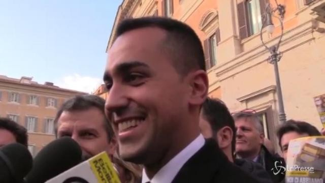 """Di Maio: """"Alfano se ne va? Sua politica evanescente"""""""